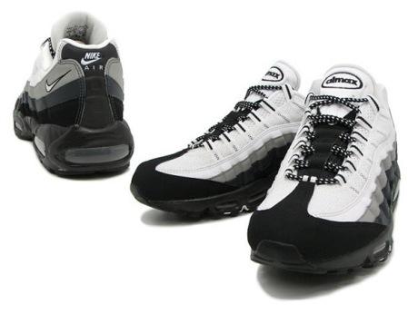 black-white-max-1