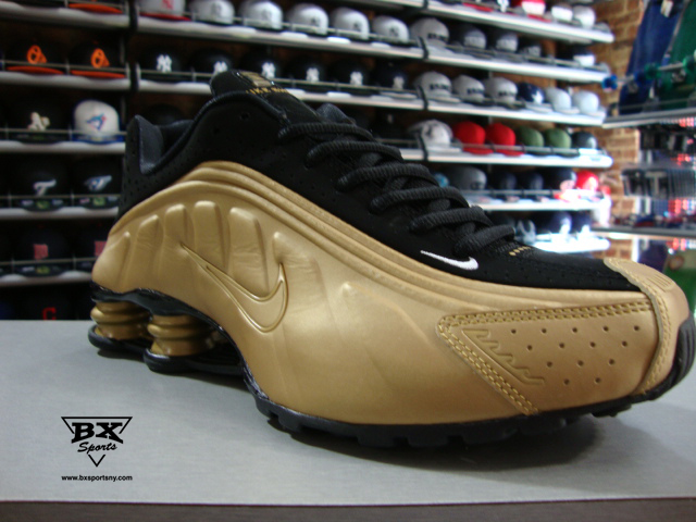 2fe395351abc Nike Shox R4 Gold Edition. Advertisements