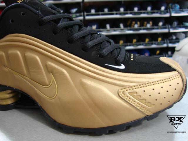 Nike Shox R4 Gold Black
