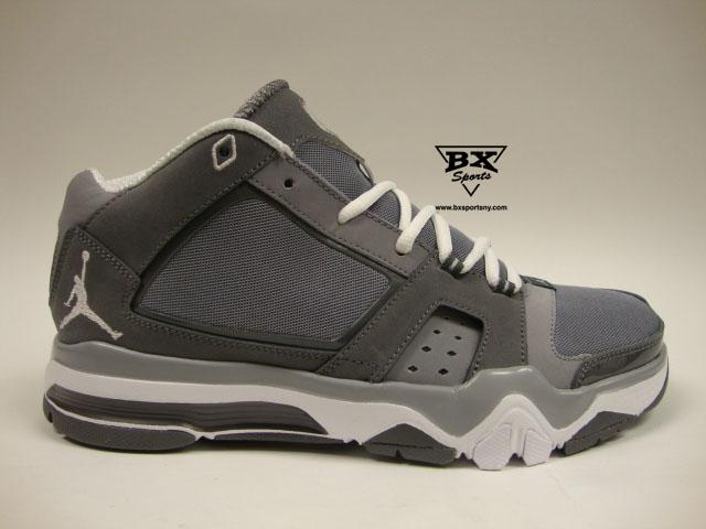 timeless design 9c410 082e0 June 27, 2011. Categories  BX Sports, Footwear, Gender, Jordan Brand, Men,  Nike . Tags  AIR JORDAN, BX Sports, Derek Jeter, Jordan Jeter Cut .