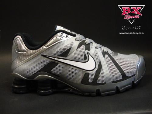 Nike Shox Roadster